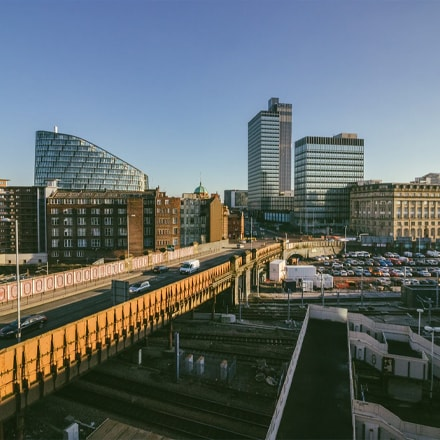 A picture of manchester with ATMs and Cashpoints near by
